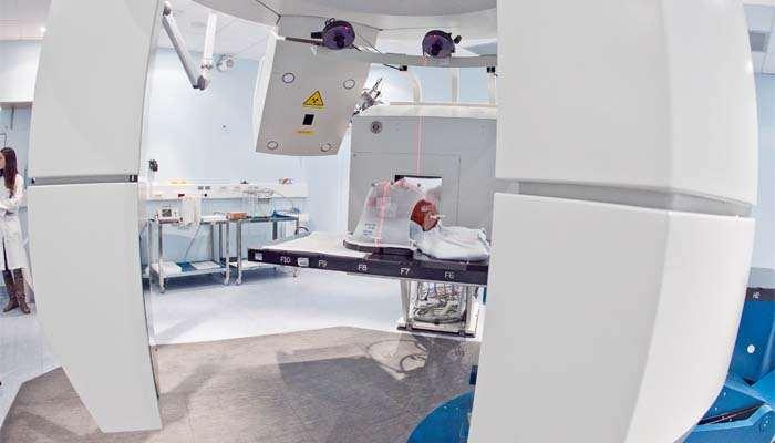 , Tumori ossei, il primo studio clinico su adroterapia vs chirurgia