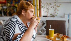 Obesità Abbuffate